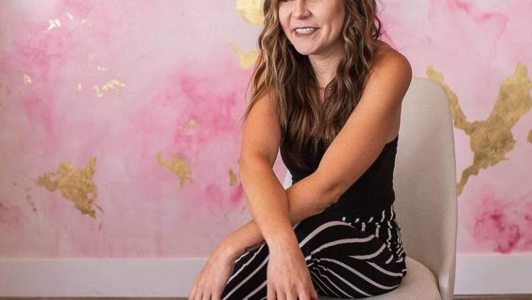 Katelyn Freasier Cosmetologist